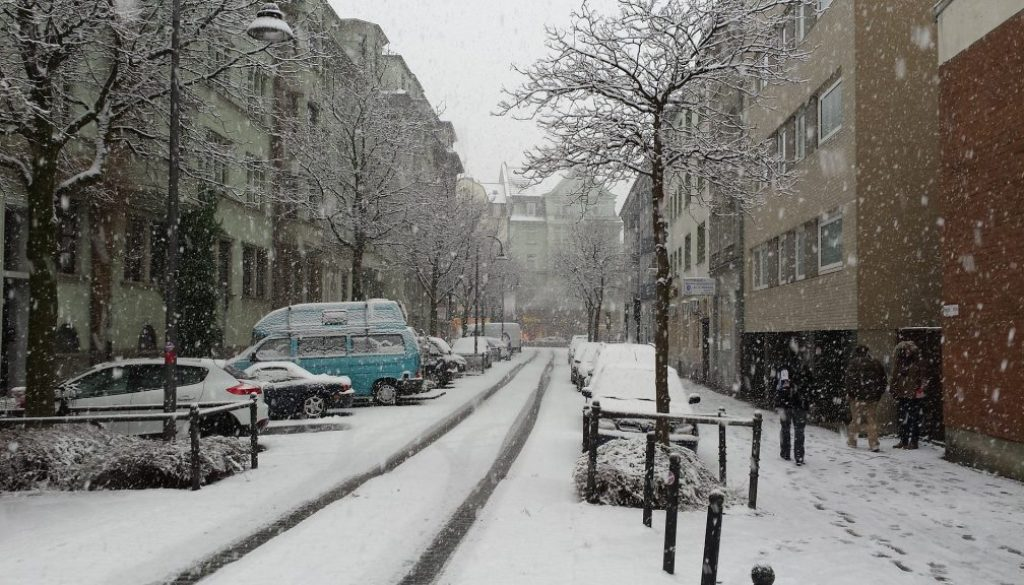 snow-934885_1920